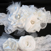 Wedding garter set Bridal garter, with lace, pearl rhinestone center, pearl stickpin, feathers organza flower with blue pearl Something Blue