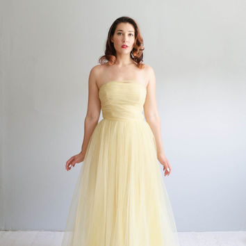 Vintage 1950s Tulle Dress - 50s Gown - Aquilegia Tulle Gown