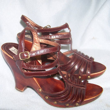 70s wood leather high heel sandals goddess ankle straps size 7.5 to 8
