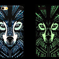 So Cool Night King Wild Dogs Animal Handmade Carving Luminous Light Up iPhone Cases for 5S 6 6S Plus