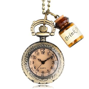 Fashion Watches Retro Vintage Small Pocket Watch Alice in Wonderland Drink Me Pendant with Bottle Birthday Gift