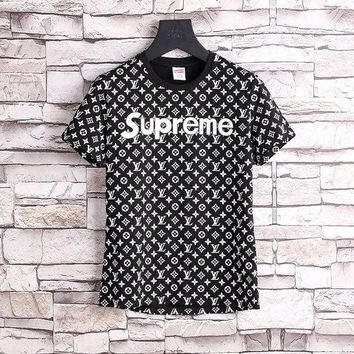 DCCKIN2 LOUIS VUITTON x SUPREME LV Red Box Logo/ Monogram T-Shirt - Black