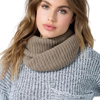 Ribbed Knitted Infinity Scarf
