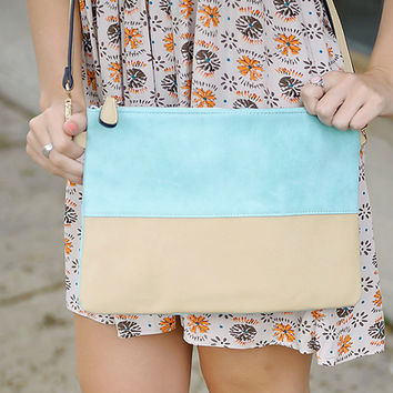 Charmed Cross Body Purse (Mint)