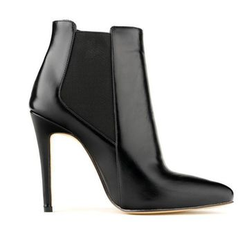 Merkmak Pointed Chelsea Boot