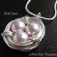 Bird Nest - genuine rosaline Swarovski pearls - by OliveBayDesigns on madeit