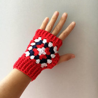 Fingerless Mittens. Granny Square Mittens, xmas gifts, gift for her, crochet mittens, Wrist Warmers, Fingerless Gloves, US flag color