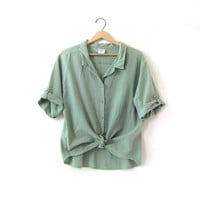 vintage mint green cotton shirt. short sleeve shirt. oversized t shirt with wooden buttons.