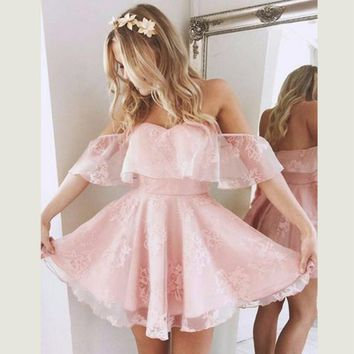 The new fashion word shoulder lotus leaf strapless lace pink dress