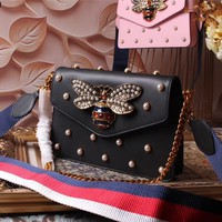 GUCCI WOMEN'S 2018 NEW STYLE LEATHER INCLINED SHOULDER BAG