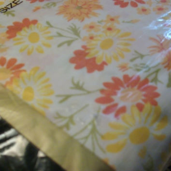 Jump Into Spring New In Package Yellow & Orange Flowered Fitted Sheet Full Size
