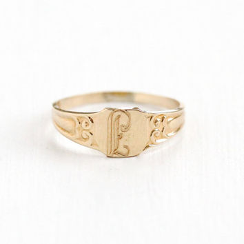 Antique Art Deco Monogrammed E , L , or F 10k Yellow Gold Ring - Vintage Size 2 Baby Midi Etched Initial Signet Cursive Letter  Fine Jewelry