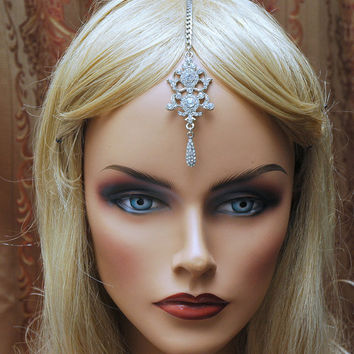 Tikka Indian Jewelry, Crystal Head chain, Tikka Headpiece, Bollywood Headpiece, Gypsy Jewelry, Tribal Jewelry