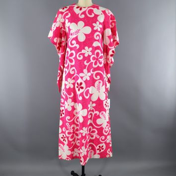 Vintage 1960s Hawaiian Dress / NEON PINK Mod Floral Print