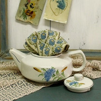 Vintage Portuguese Flower teapot Sacavem shabby chic teapot Blue flower wheat sprigs teapot made in Portugal porcelain