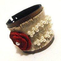 Elegant leather bracelet with flower Leather jewelry by julishland