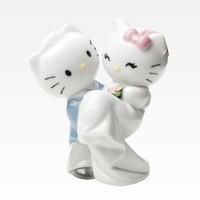 Nao by Lladro Porcelain Figurine: Hello Kitty and Dear Daniel Wedding