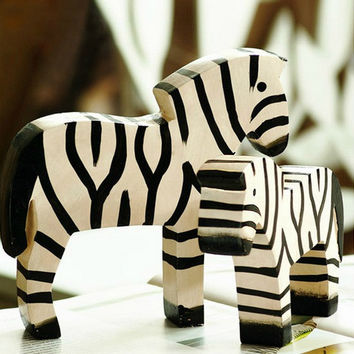 New 2 PCS Wood Zebra Family Home Decor Table Ornament Display Decoration