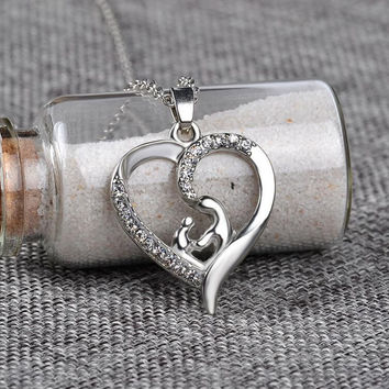 "Beauty Love ""Mom"" Crystal Heart  Pendant Necklace - Silver"