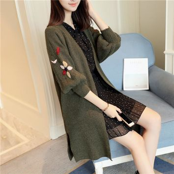 2018 New autumn winter women long sweater dress loose size embroidery cardigan coat fashion sweaters women clothes Solid Black
