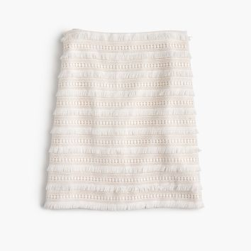 Mini skirt in fringy lace