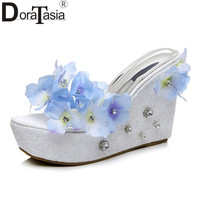 DoraTasia 2017 Bohemia Style Pretty Flowers Woman Mules Pumps Sexy Platform Wedges High Heels Party Beach Shoes