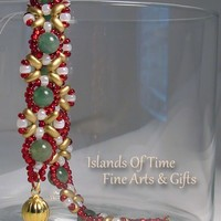 Christmas Red White Green Aventurine Bracelet Holiday Fashion Jewelry