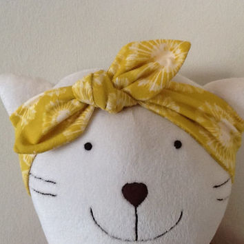 Cotton baby headband - White carambolas on mustard headband, Top knot headband, Knot baby head wrap, Tie knot headwrap, Knotted headband