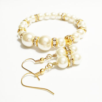 Ivory and Gold Bridesmaid Pearl Bracelet and Earring Set / Flower Girl Jewelry
