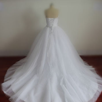Real Wedding Dresses with Pearls Sweetheart Bridal Gowns with Sequins Lace-up Wedding Gowns