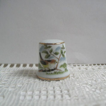 VintageThimble Bird on a Branch Collectible Porcelain Thimble