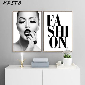 NDITB Fashion Model Girl Lips Wall Art Posters and Prints Canvas Painting Nordic Decoration Picture Girl Bedroom Decoration