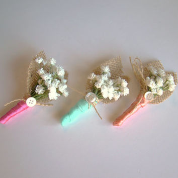 Wedding Boutonniere, Baby's Breath, Grooms Boutonniere, Groomsmen, Mens Boutonnieres, Custom Boutonniere, Wedding Party, Country Wedding