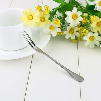 Stainless Steel Two Tooth Dessert Fork Fashion Fruit Fork Eating Very Convenient For People