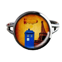 Dr Who Inspired Tardis Ring - In Paris - Public Police Box Jewelry - Geeky Whovian