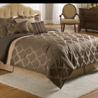 POTRERO BEDDING SET QUEEN - 7 PC.