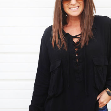 Lace To My Lou Pocket Tunic {Black}