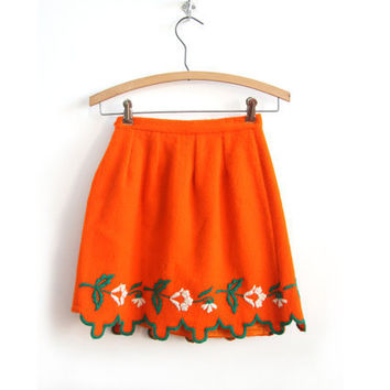 $42.00 Embroidered Wool Mini Skirt by northbrooklyndrygood on Etsy