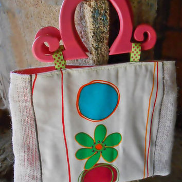 Handbag / Purse Burlap with Hot Pink Fabric and Pink Wood Handles / Valentine Gift