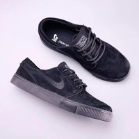 NIKE ZOOM STEFAN JANOSKI  Man  Fashion and leisure sports shoes
