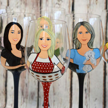 Bridal shower party , Bachelorette party , Bridesmaid gifts , Bridal shower gift, Wedding party gifts ,Bridesmaid Portraits wine glass