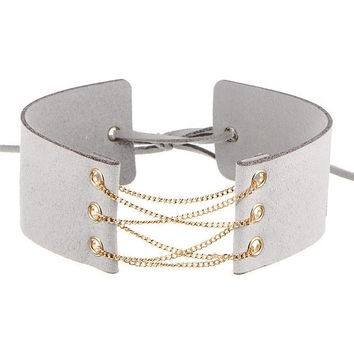 Choker Collar Gold Front Chain