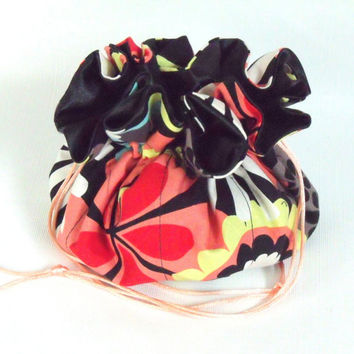Jewelry Drawstring  Travel Pouch Bold Flowers Medium