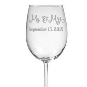 Mrs & Mrs , Mr and Mr , Mr and Mrs Wedding glasses with wedding date Set of 2 Glasses