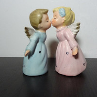 Vintage Ceramic Pair of Kissing Angels - Old Fashioned Christmas Figurines