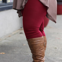 Fleece Lined Leggings in Burgundy {Curvy}