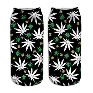 Weed Leaf Ankle Socks