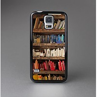 The Vintage Bookcase V1 Skin-Sert Case for the Samsung Galaxy S5