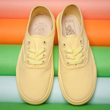 2018 Original VANS Yellow classic low back casual shoes