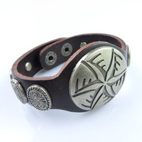 Fashion Punk  Adjustable Leather Wristband Cuff Bracelet - Great for Men, Women, Teens, Boys, Girls 2730s
